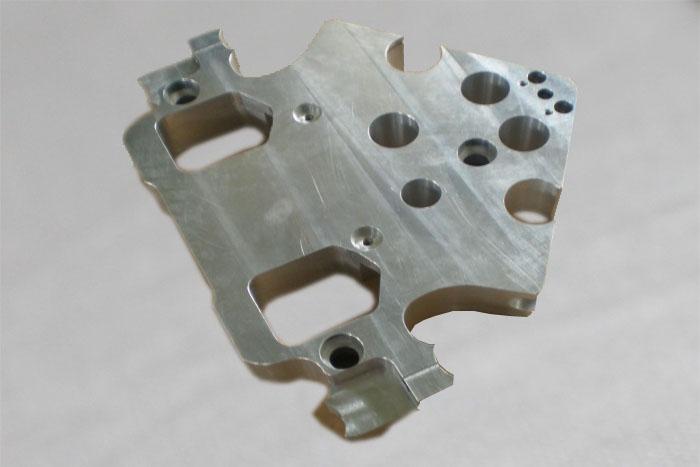 铝材加工零部件002